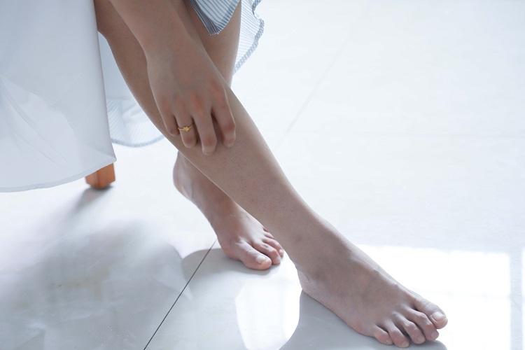 Feetpics images.tinydeal.com