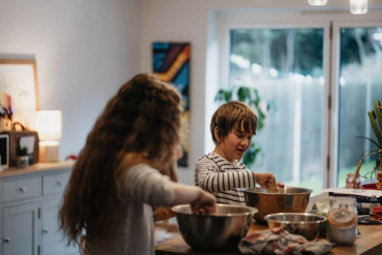 Realistic Small Business Ideas (For Teens)