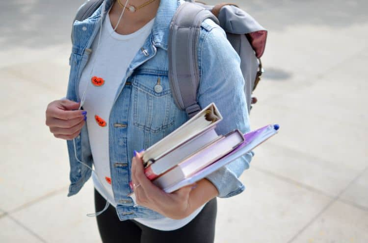 Why Is College Important? Here Are 10 Reasons