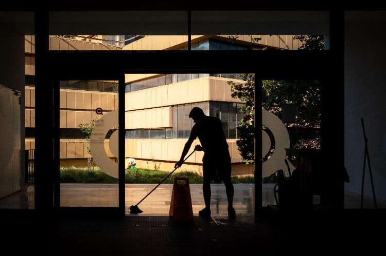 Be a house or office cleaner side hustles for college students